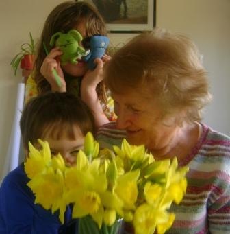 GMa and Kids1.jpg
